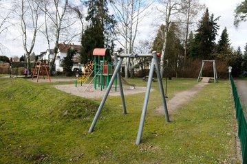 Spielplatz-Failisch-1_01_a4757055bf